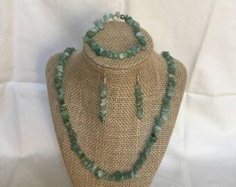 16: Necklace, Bracelet, Earrings Set