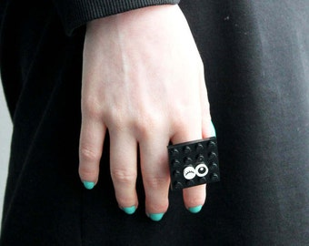 Square Black Ring, Statement ring
