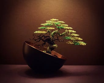 Wire Bonsai #07 - A triple green and back 'deadwood wrap'