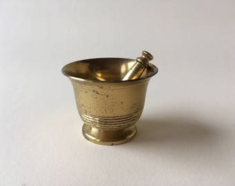 little vintage mortar and pestle 4,5 cm - 1,7""