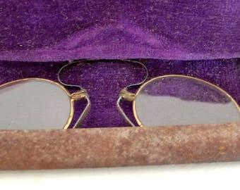 Antique Vintage Spectacles PINCE NEZ Eyeglasses SPRING Bridge Glasses w Case