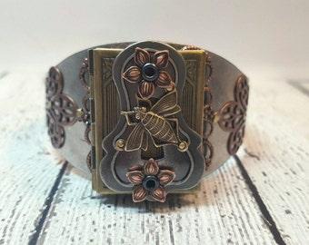 Honey Bee Cuff Bracelet, Vintage Keyhole Locket Bracelet, Bee Bracelet, Flower Jewelry, Bumble Bee Jewelry, Locket Bracelet, Bee Locket Cuff