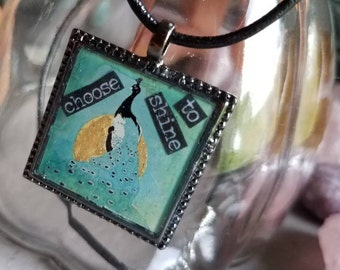 Choose to shine peacock necklace