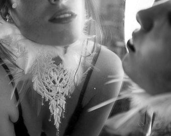 Feather and Lace Beaded Collar WHITE