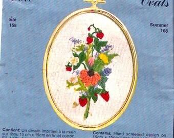 Summer floral Needlecraft kit Golden Ovals 168 Vintage Crewel embroidery Unused complete Ete Gardener flower lover