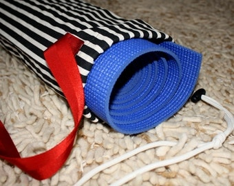 Yoga Mat Bag – Black and White Stripes