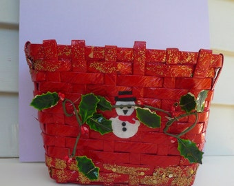 Red Plastic Woven Basket Snowman Card Holder Christmas Basket Holiday Decor