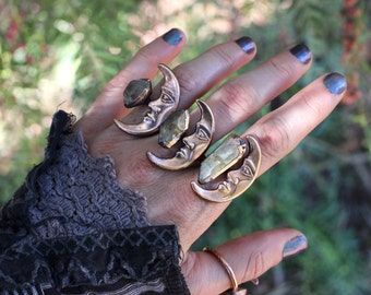 Moon Ring Raw Crystal Ring Quartz Ring Raw Crystals and Stones Crescent Moon Ring Lunar Jewelry Witchy Ring Mineral Ring Crystals and Stones