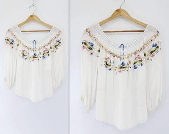 1940s Peasant Blouse White Embroidered 40s Peasant Blouse 40s Embroidered Top White Peasant Blouse Hand Embroidered 40s Smocked Blouse xxs