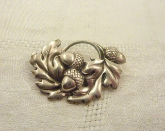 SALE ---- Vintage Vikingcraft Heavy Solid Oak Leaves and Acorns Brooch