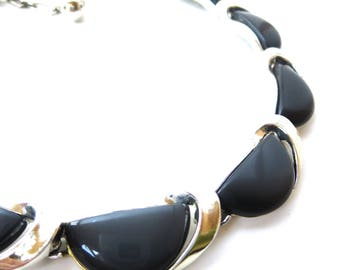 Lisner Signed Vintage 1960's Dark Blue Thermoset & Silver Tone Extendable Choker Link Necklace