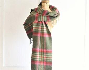 Irish wool plaid fringed scarf vintage