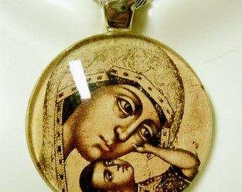 Black madonna and child glass pendant with chain - GP14-005