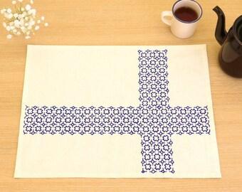 Japanese Sashiko Kit, Chic Blue Cross Place Mat Embroidery DIY Kit, Easy Sashiko Stitch, Tutorial Pattern, Hand Embroidery Design, EK224