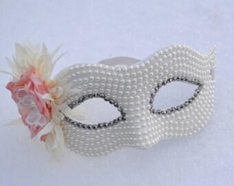 Ivory Pearl Masquerade Bridal Mask, wedding, Mascarade mask, Ivory mask, crystal mask, mardi gras, costume, sweet 16, homecoming, halloween,