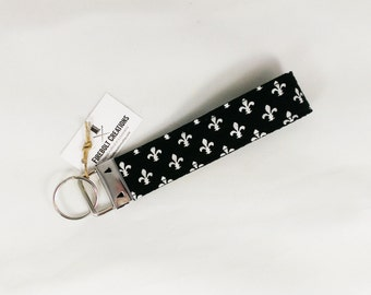 Fleur de lis Key Chain New Orleans Keychain Louisiana Key Fob French Gift for her Key Ring Key Holder Vegan Wristlet black and white france