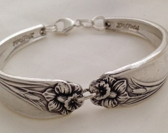 Spoon Bracelet. Daffodil. Size 6 to 9 Inch Wrist. Choose Your Size.  Vintage Silverplate.