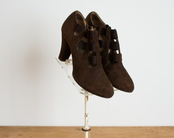 Vintage 1930s Shoes - 30s Suede Heels - The Clemence