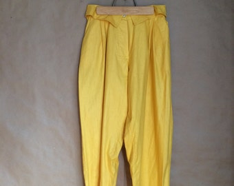 vintage 80's 1980's loose fit baggy pant / blazing yellow / pegged pant leg / spring trouser / womens pant / pleated waist