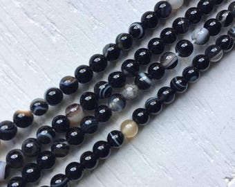 ON SALE 4mm Black and White Agate Beads