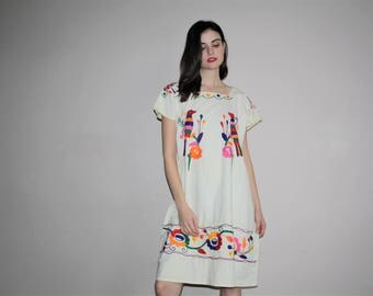 Vintage 1960s Oaxacan Rainbow Floral and Bird Embroidered Boho Hippie Folk Ethnic Mexican Cotton Dress - W00775