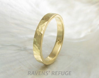 3mm 18k gold ring -- hammered wedding band, handmade