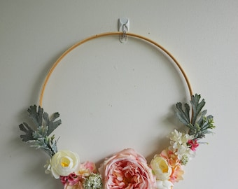 Beautiful and Modern Silk Floral Door Wreath is Unique, year round wreath, Pink and White Summer Wreath, Boho Decor Wreath, Spring Wreath