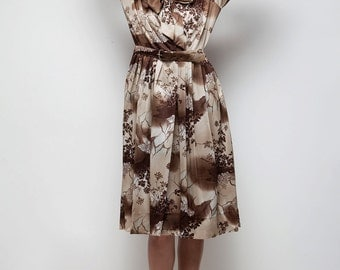 shirtwaist bow tie dress vintage 70s pleated brown botanical print LARGE L