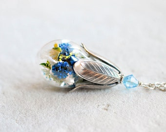 Mothers Day Gift, Real Flower Necklace, Terrarium necklace, Dried  Blue Baby's Breathe, Botanical Jewelry, gift for her