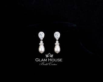 Pearl Bridal Earrings, Bridal jewelry, Cubic zirconia Earrings,bridesmaid jewelry,bridesmaid earrings,champagne earrings,platinum earrings