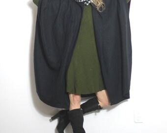 Cozy Black Cape Houndstooth Scarf Wrap Vintage 80s Fleece Cape Coat