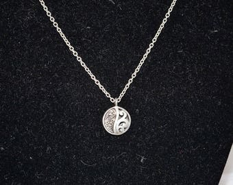 LOIS HILL Sterling Silver Round Pendant Delicate Toggle Clousure
