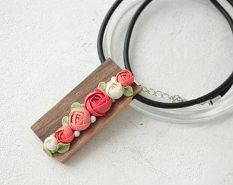 Red White Wood Nutwood Polymer Flower Pendant Necklace Wholesale Plants Arrangement Succulent Jewelry Wedding Bridal Mothers
