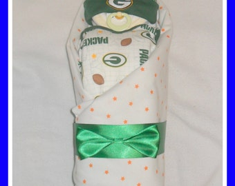 Stunning Baby Packers Diaper Cake Baby-Great Shower Gift Idea
