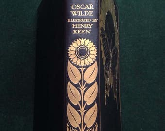 The Picture of Dorian Gray by Oscar Wilde. 1929 Bodley Head Edition with Henry Keen Illustrations. Beautiful gilt butterfly decoration.