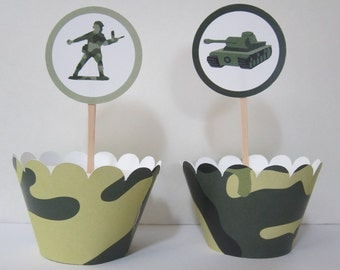Army Men ~ Cupcake Toppers ~ Camoflauge Wrappers ~ USA