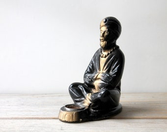 Retro boho vintage yogi figurine / 1960s hippie retro home decor / mystical exotic decor figure / black gold chalk man / retro meditation