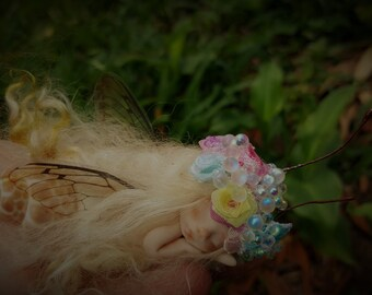 sweet fairy fairie  in  shell   tiny  ooak