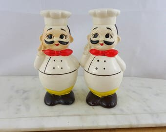 Vintage Chef Salt & Pepper Shakers , Mid Century Kitsch Kitchen Decor,  Made in Japan Cute