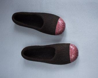 Women Felt Slippers - Dark Brown Slippers - Glitter Slippers - Felted Ballet Flats - Tirol Wool Slippers - Red Bronze Slippers - Christmas