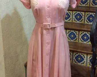 Vintage 1940's 50's Pretty Pink Linen & Lace Day Dress M