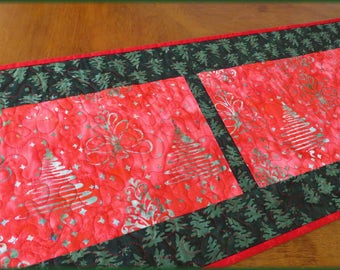 Quilted Table Runner Quilt Christmas Tree Batik 501