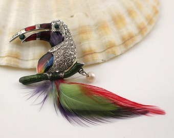 1980's Silver Tone Toucan Bird Shaped Brooch with Glass Rhinestones and Enamel