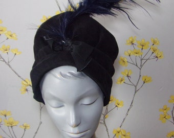 Vintage 1950s does 20s Black Cotton Velvet Toque With Bow and Feather Burlesque Hat Statement Hat with Feather Jacoll