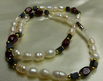 "Genuine Potato pearl necklace w black jade, red glass.  21.4 grms. 17"" long SM 1648"