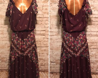 Vintage 1970s Dress // 70s Burgundy Floral Maxi Dress // Size small S