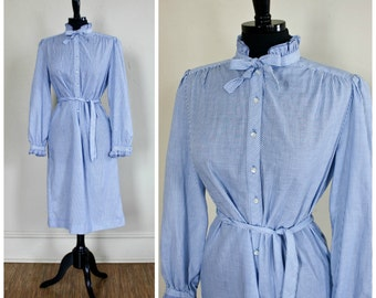 Vintage B Altman & Co Striped Shirt Dress Belted Schrader Sport Petites Ruffle Collar Cuffs Blue And White Pin Stripes 1970s