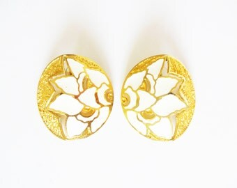 Vintage Textured Gold Metal and Cream Enamel Floral Large Button Statement Earrings