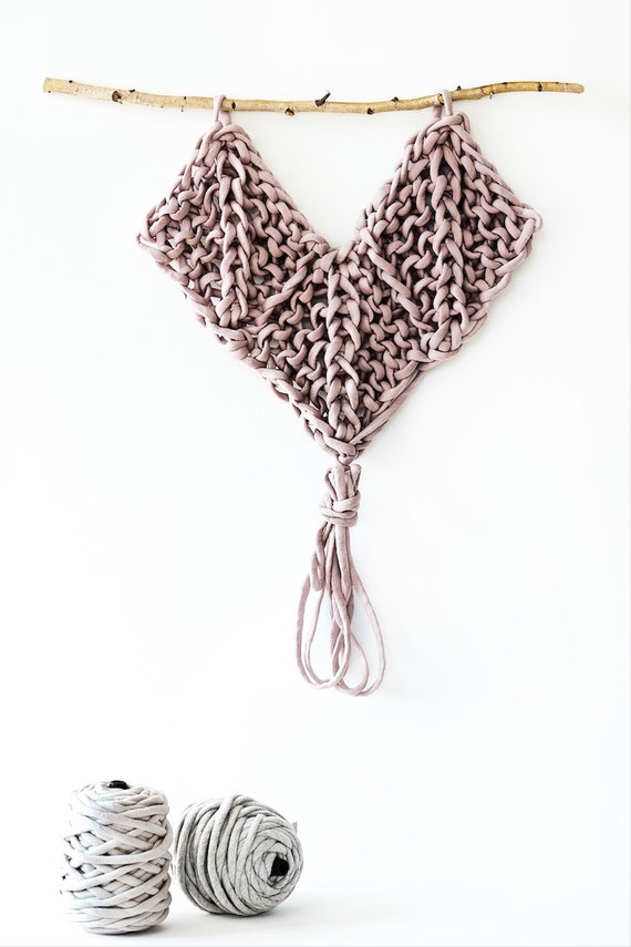 Hanging Heart Knitting Pattern : Wall Hanging Pattern Knitted Heart from lebenslustiger on ...