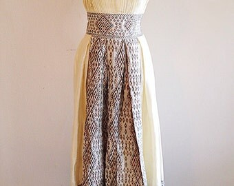 Wonderful and Amazing Vintage Storybook Ivory Dress Boho Wedding